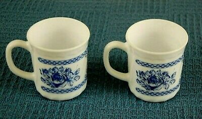 2 Arcopal Honorine Made In France Cups Coffee Mugs Blue White Floral • 13.95$