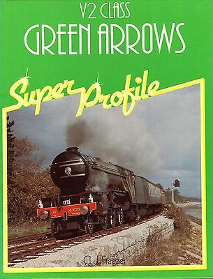 Freezer, C J  V2 CLASS GREEN ARROWS SUPER PROFILE  Hardback BOOK • 6.95£