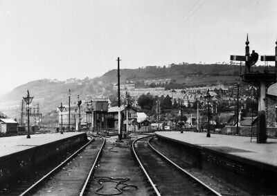 Photo  The North End Of Pontypridd Railway Station From The Ynysybwl Bay In June • 1.90£