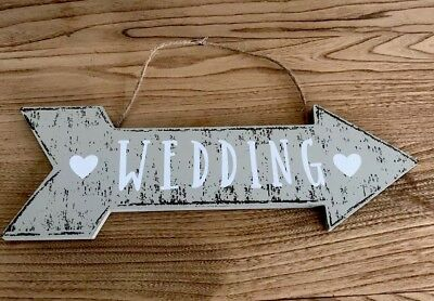 Wooden Wedding Arrow | Vintage Rustic | This Way Hanging Wall Sign Decoration • 5.80£