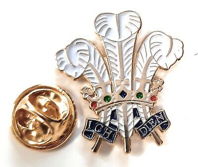 £2.99 • Buy Prince Of Wales Feathers Enamel & Metal Lapel Gift Pin Badge FREE UK Delivery!