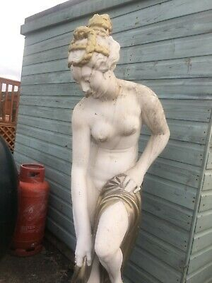 Large Greek Style Garden Statue For Garden Or Patio Made Out Of Concrete • 500£