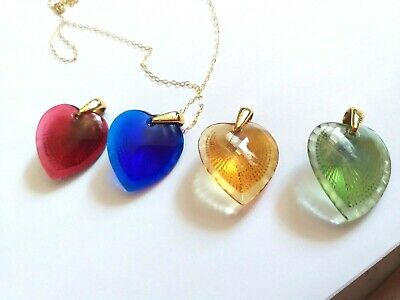 Pendant  Lalique Heart 9ct Gold Beautiful Shell Design Choice Of Four  Colours • 120£