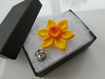 £4.25 • Buy Handmade Golden Yellow Spring Daffodil Brooch Lapel Pin Marie Curie Charity