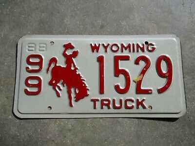 Wyoming 1988 Truck  License Plate #  99   1529 • 10$