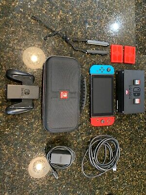 Nintendo Switch 32GB Gray Console With Neon Red And Neon Blue Joy-Con Bundle • 300$