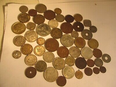 52 Foreign Coins Job Lot • 1.75£