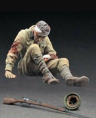 1/35 Scale Resin Figure Kit Russian Infantryman Wounded • 7.60£