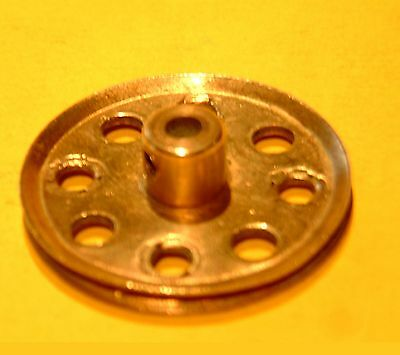Meccano  Pulley, Part  21          • 1.60£