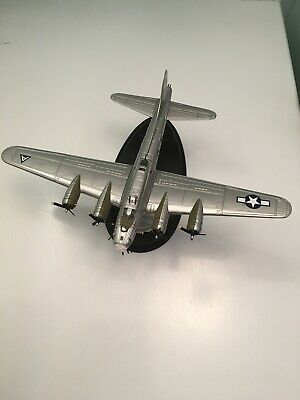 Franklin Mint Collector's Die Cast Model B-17 Flying Fortress 1989 1:96 Scale • 179.99£