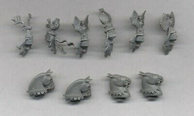 Warhammer Bretonnian Knights Of The Realm Plastic Heads X 6 + Horses Heads X 4 • 15£