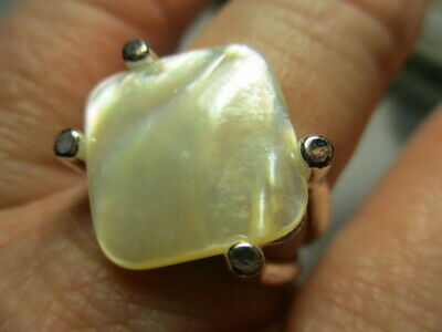 $24.99 • Buy Sterling Silver 925 Estate White Mother Of Pearl Solitaire Band Ring Size 9