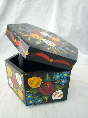 £14 • Buy Black Roses And Castles Hand Painted Hexagonal Trinket Box Barge Ware #01