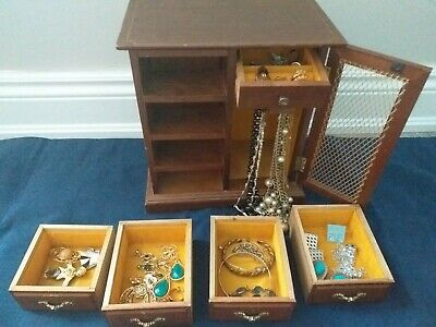 $ CDN39 • Buy Vintage Jewelry Lot With Jewelry Box. Rings, Earings, Brooches, Necklaces +