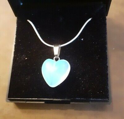 £4 • Buy Necklace With Heart Pendant - Opalite/Moonstone Crystal With 22  Silver Chain