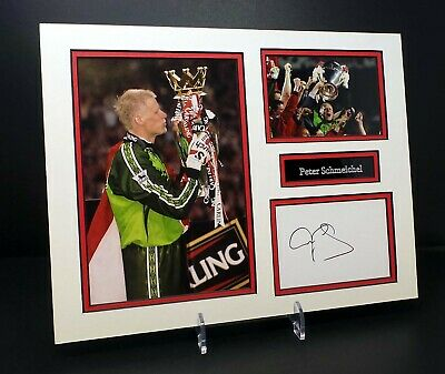 Peter SCHMEICHEL Signed Mounted Photo Display AFTAL RD COA Manchester United • 34.99£
