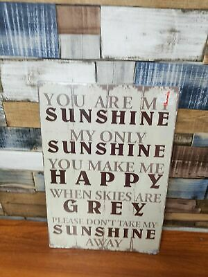 Stylish 'You Are My Sunshine' Hanging Decor Plaque  • 16.99£