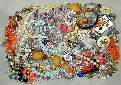 $ CDN26.36 • Buy Jewelry Lot LBS Vintage - Now Junk Drawer Harvest Craft Unsearched Untested A5
