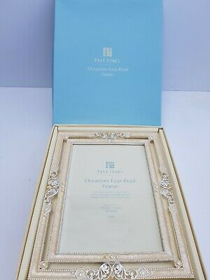Free Standing 'Past Times' Occasions Faux Pearl & Silver 5 X7  Photo Frame: Gift • 19.99£