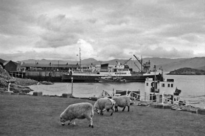 Photo  Inverness-shire  The Pier And Railway Station At Kyle Of Lochalsh 1957 • 3£