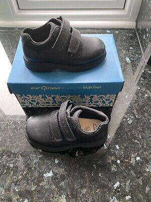 Boys Clarks Deaton Inf Black Leather School Shoes Size UK 7H (24) • 17.99£
