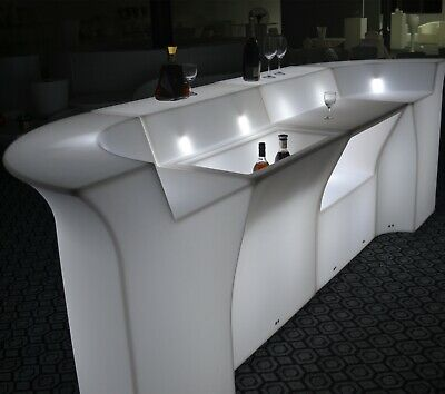 Indoor/Outdoor Free Standing Bar With LED Lights • 2,500£