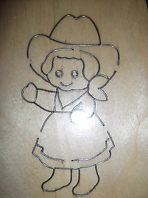 COWGIRL BEAR * COWBOY HAT * NECK SCARF * BOOTS * Wooden Die Cutter + FREE GIFTS • 7.50£