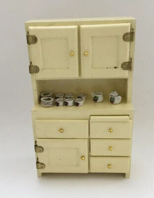 Dolls House Kitchen. Cabinet With Tea Set • 2£