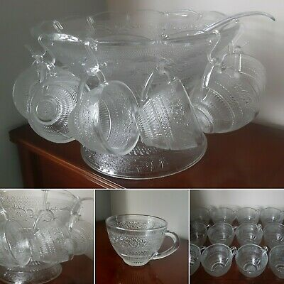 Absolutely Stunning Vintage Glass Punch Set 12 Cups, Bowl, Pedestal, Ladle Hooks • 34.99£