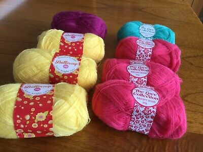 180g Bright Coloured Lace Weight Yarn • 3.50£
