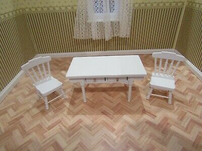 Dolls House Furniture,White Kitchen Table And Two Chairs,New,1/12th Scale • 5.99£