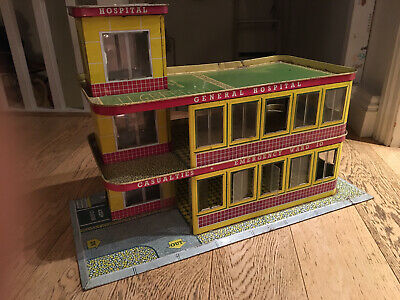 Mettoy Playcraft Emergency Ward 10 Hospital. Rare. Part Of The V&A Collection • 50£