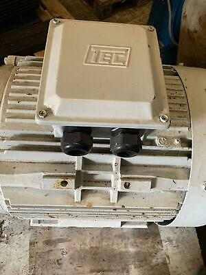 Motor 55kw 4 Pole 3 Phase TEC Foot Mounted • 500£