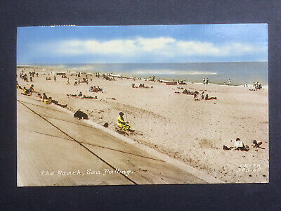 Frith Postcard - The Beach, Sea Palling.....Norfolk • 1.50£