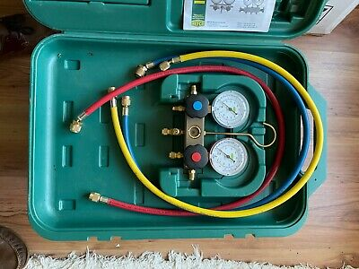 REFCO  Refrigeration Manifold 2-WAY With Gauges And 3 Hoses And Instructions. • 35£
