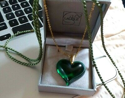 Lalique Large Heart Fab Green With Plated Chain And Ribbon • 175£
