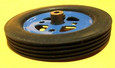 Meccano Blue Pulley, Pt 20a With Black Rubber Motor Tyre, Similar To Part 142a  • 3.45£