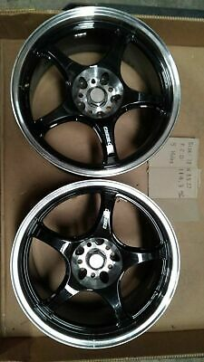 AU629.99 • Buy Pair Of 5zigen Racing Fn01r-c Mag Wheels 5h X 114.3 18 Inch X 8.5  For Skyline