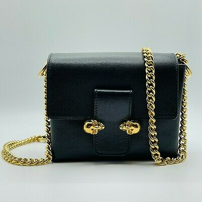 AU951.14 • Buy $1695 Alexander McQueen Black Leather Gold Chain Twin Gold Skull Bag 497630 1000
