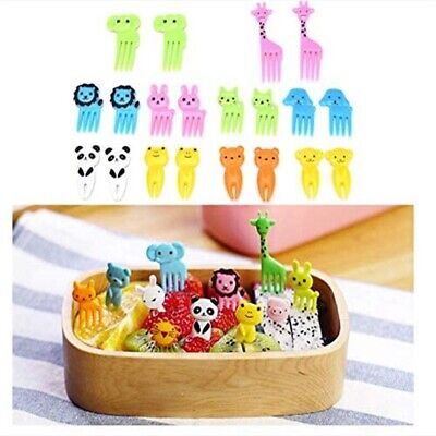 16Pcs Kids Sandwich Cutter Mould Shape Child Dog Butterfly Dinosaur Animal Mold • 13.86£