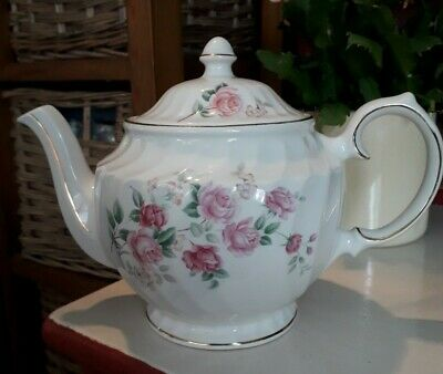 Windsor China 4 Cup (2 Pint) Pink Floral Teapot, Great Condition • 9.50£