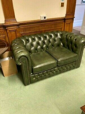 Green Leather Chesterfield 3 Piece Sofa Suite.  • 640£