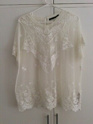 AU31 • Buy Women's Massimo Dutti White Lace Top Size S