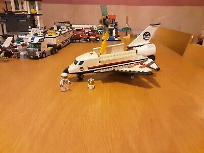 LEGO City Space Shuttle 3367 With All Characters, Pieces And Full Instructions • 25£