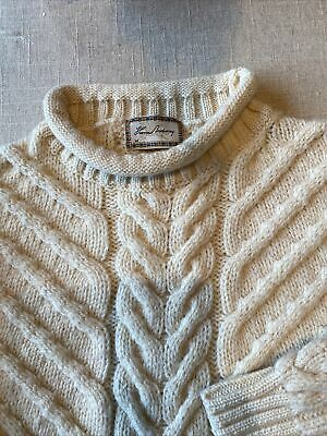 $250 • Buy Vintage Burberry Men's Wool Cableknit Sweater, Size M.