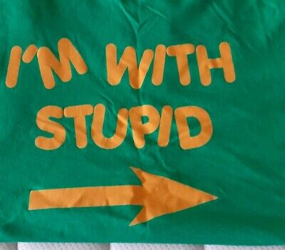 I'M WITH STUPID T Shirt  • 1.50£