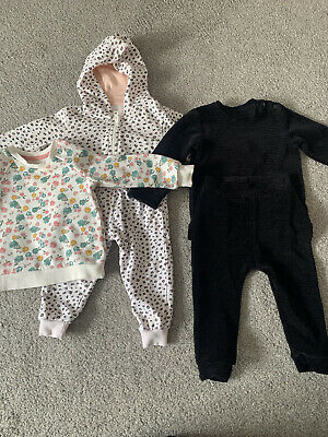 12-18 Months Girl Tracksuit • 2.60£