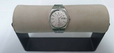 Lorus Day/date Silver With Silver Dial Read Desc. • 20£