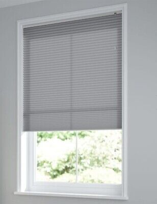 4 X Blinds2go Grey Pleated Light Filtering Blinds 140cm X 210cm Drop RRP £496 • 59£