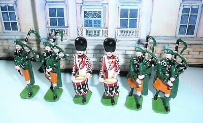 Ducal Models 6 Irish Guards Pipers & Drummers Marching Toy Soldiers Original Box • 75£